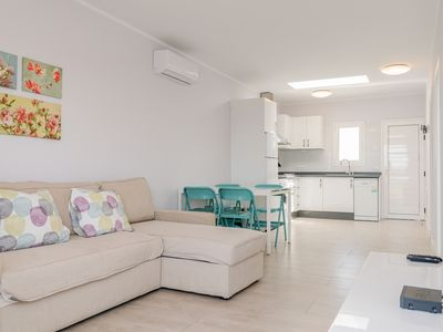 Photo for Ocean Pearl Apartment, with terrace and near the sea