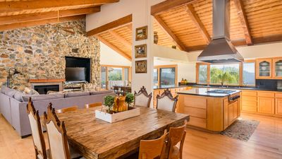 Great Room & Kitchen with lots of seating