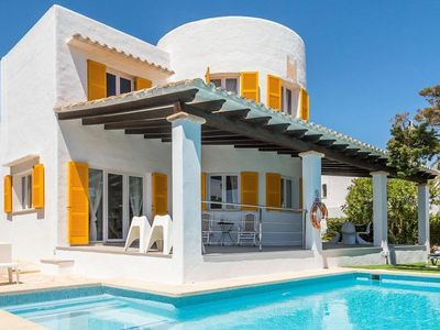 Photo for *** CALA D'OR VILLA *** 5 Bedrooms, 4 Bathrooms, Air Con, WiFi, Private Pool,BBQ