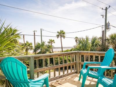 Photo for This prime ocean view spot puts you steps away from the best Folly has to offer!