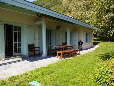 Photo for MENTHON-ST-BERNARD, Spacious villa, LAKE VIEW, Heated pool, 11 pers
