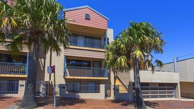 Photo for Ocean Blue on Manning - modern townhouse