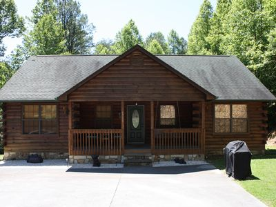 Photo for NEWLY REMODELED-Beary Cozy-Great Location-Arts & Crafts Area-10min DT Gatlinburg