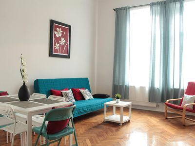 Photo for Galicja 11 apartment in Kazimierz with WiFi & air conditioning.