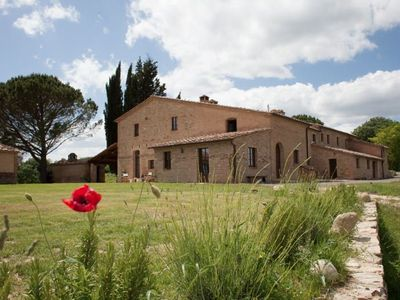 Photo for 7 bedroom Villa, sleeps 14 in Buonconvento with Pool, Air Con and WiFi