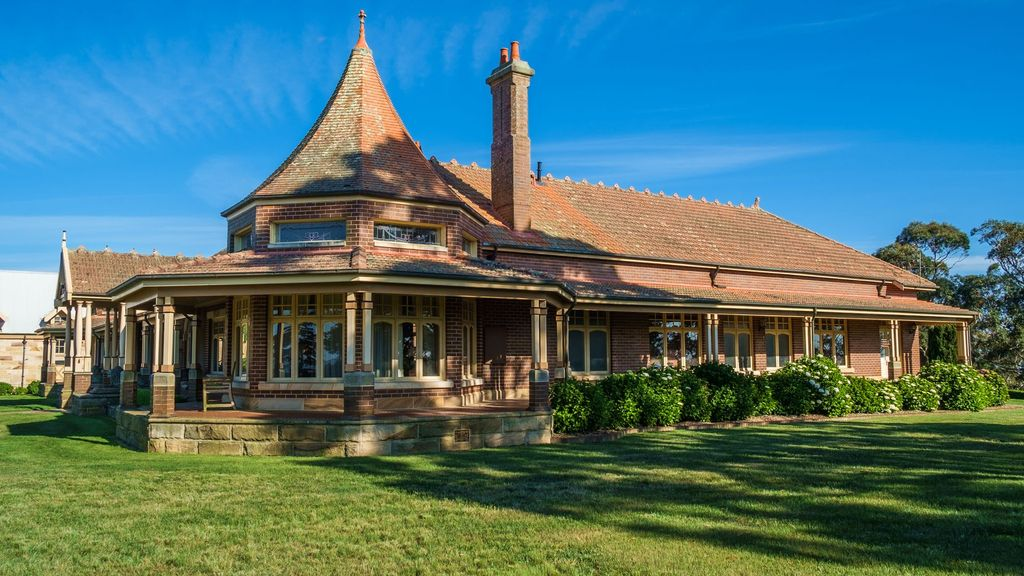 Stanhope bowral luxury home with 360 views vrbo for House 360 view