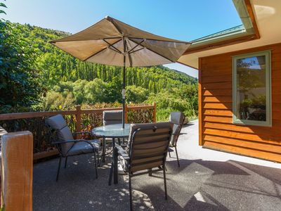 Photo for Sawmillers Retreat - Arrowtown Holiday Home