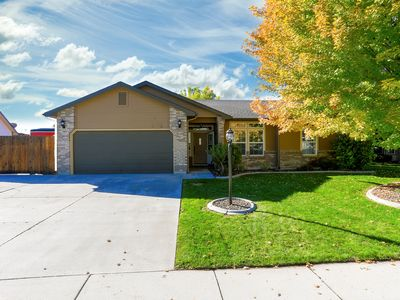 Photo for Pet Friendly Home Near Meridian/Nampa/Eagle/Boise