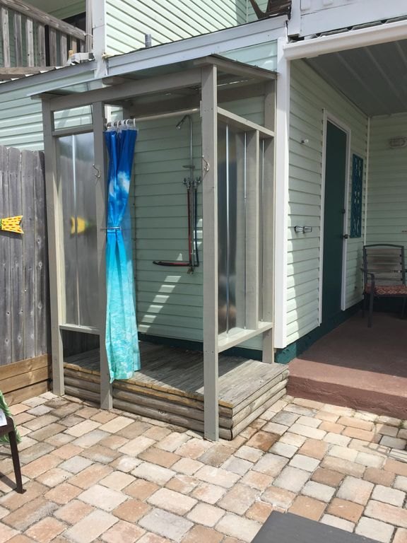 New outdoor shower with hot and cold water 2 Bedroom Townhouse Beachside of Hwy 98     VRBO. 2 Bedroom Townhouse. Home Design Ideas