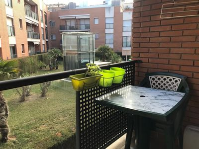 Photo for Apartment with terrace, swimming pool, WIFI and parking
