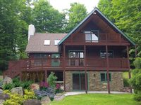 Beautiful house, very convenient to Elk Mountain for some great skiing!!