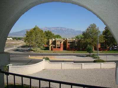 Photo for Albuquerque Int'l Balloon Fiesta 2BR/2Bath Condo Sleeps 6. Washer/Dryer. Balcony