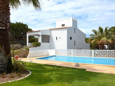 Photo for Vacation home Castelo (VDL100) in Vale do Lobo - 6 persons, 3 bedrooms
