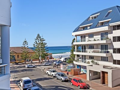 Photo for BEACHSIDE BEAUTY IN MANLY - APT 8