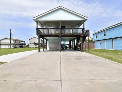 Bayside Bungalow - 3/2, sleeps 9!  Close to beach and bay!