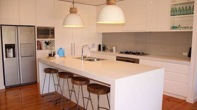 Great chef style kitchen with all you'll need.