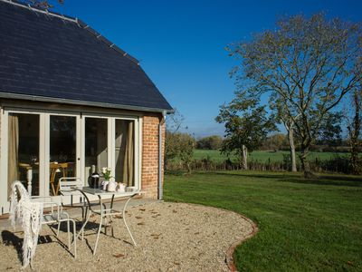 Photo for Classic Cotswolds Getaway in Radcot