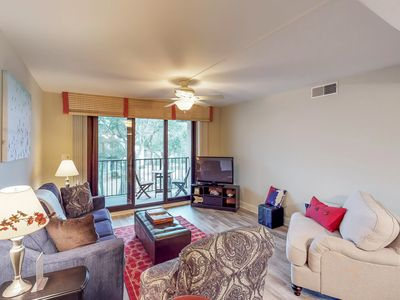 Photo for Family-friendly condo w/ shared pool, hot tub, beach access & more!