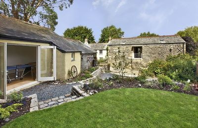 Photo for Higher Pempwell Barn is situated in an idyllic hamlet on the edge of the stunning Tamar Valley.