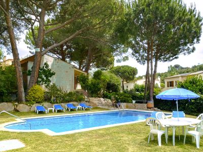 Photo for Large house with garden and pool in a quiet area, perfect for families