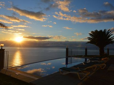 Photo for Relax at the best Ocean Cliff Villa in Madeira