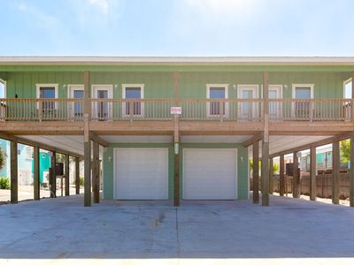 Photo for NEW LISTING! Family-friendly duplex w/entertainment - close to beach, 1 dog OK!