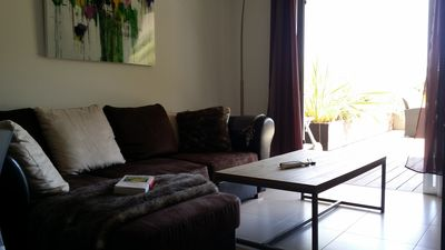 Photo for Apartment for 2/4 pers. with swimming pool, 2 minutes from downtown and the harbor.