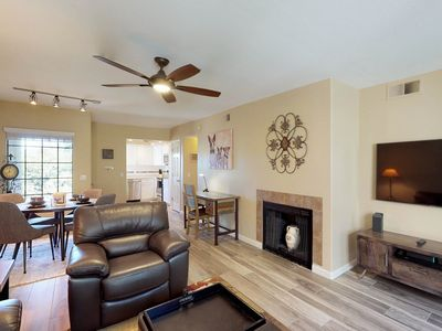 Photo for Dog-friendly, newly remodeled executive condo: pools, hot tub, and golf onsite!