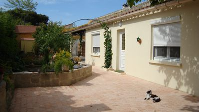 Photo for 50m2 cottage 10 minutes walk from the beach