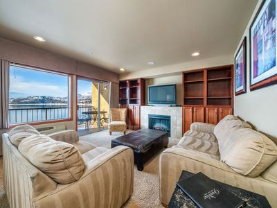 Photo for Grandview Lake View 402! Luxury 2 Bedroom Waterfront condo, sleeps up to 6!