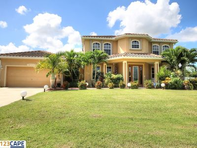 Photo for Anna - Spacious Home on Freshwater Canal, Pool + Spa!
