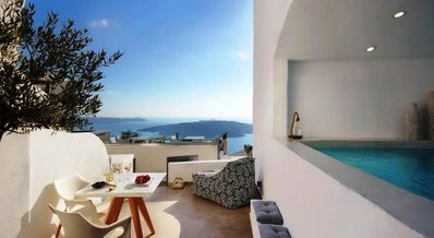 Photo for Caldera view suite in Fira for 3 persons, outdoor jacuzzi and caldera view- DR