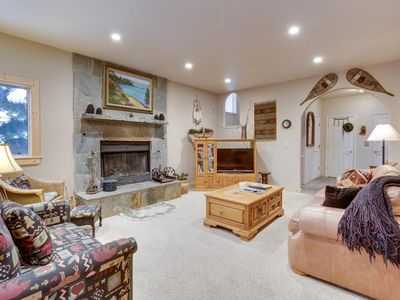 Photo for PERFECT Kingswoods home w/ hot tub, garage, close to Northstar and beach
