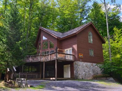 Photo for Large Family Home! Hot Tub, Game Room, Fireplace! Sleeps 12!