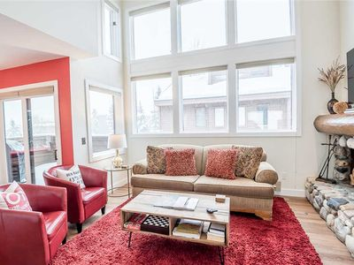 Photo for Recently Remodeled Cozy 3-level Condo Just 2 Blocks From Downtown!