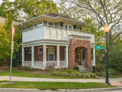 Photo for Charming Uptown Historic District Private 3BR Home