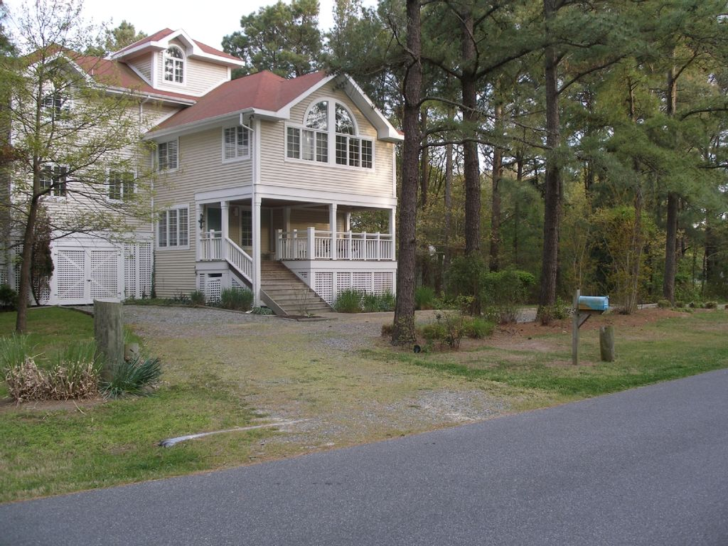 Front Of House From Holly Road