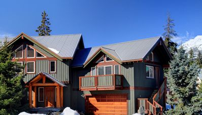 Photo for Black Bear Chalet - Luxurious & Bright 4 Bdrm Close to Village