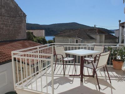 Photo for Two bedroom apartment near beach Slano (Dubrovnik)