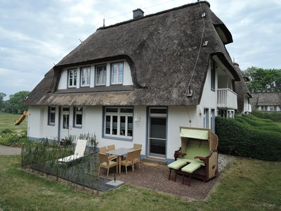 Photo for Thatched roof, 2 floors, 82m² private terrace, WiFi, 6 pers., 2 bed-Z, large bathroom,