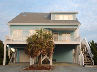 Photo for 5 BR Home Away From Home with Pool. Perfect For The Entire Family!