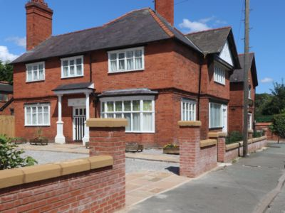 Photo for Rossett Court is a 5 Bedroomed house