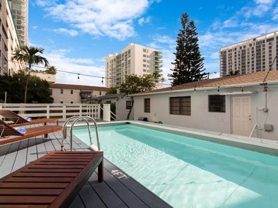 Photo for Sextant's Twin Edgewater Bungalows—Pool & Hot Tub, 10 minutes to South Beach