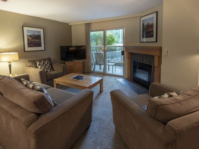 Photo for Spacious True Slopeside Ski In, Ski Out at the Woodrun Lodge - Forest View Slopeside Condo w/Den + Pool & Hot Tub (Unit 202)