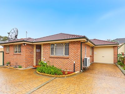 Photo for four bedrooms and plenty of space for large families and groups