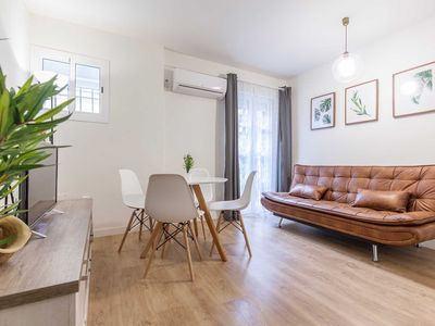 Photo for Beautiful Old Town apartment in Seville