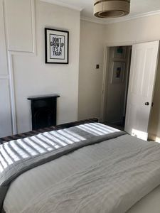 Photo for Lillys Rd Townhouse, Uphill Lincoln close to cathedral and castle