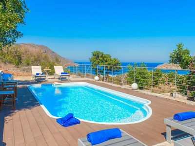 Photo for Beautiful private villa for 5 guests with A/C, private pool, WIFI, TV, balcony and parking