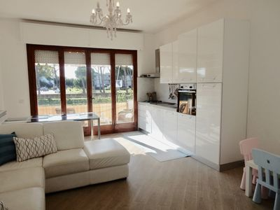 Photo for Lovely 3 bedroom apartment on the seaside with 3 bedrooms & 2 bathrooms.