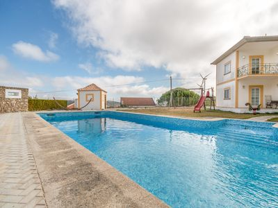 Photo for Lisbon countryside mansion - groups & families